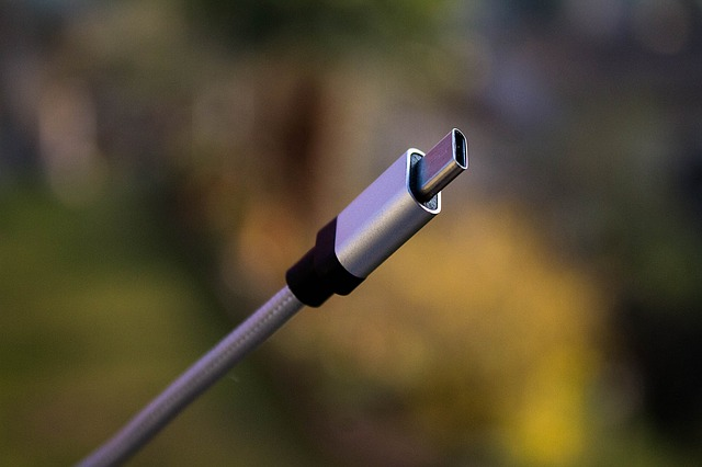 【パターン②】WiMAX本体からUSBケーブルでPCに接続